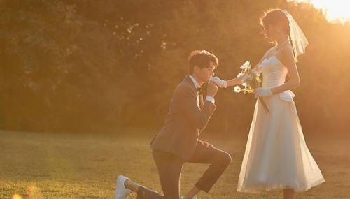 结婚纪念日经典短句结婚纪念日朋友圈说说摘抄句