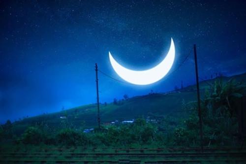 月亮配一句话朋友圈